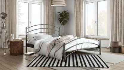 Μεταλλικό Κρεβάτι Κέλλυ